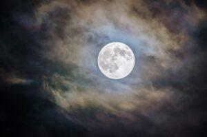 wanneer is het volle maan?